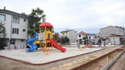 Yeniceköy'de parklar yenileniyor