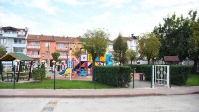 Eskiyen parklar yenileniyor