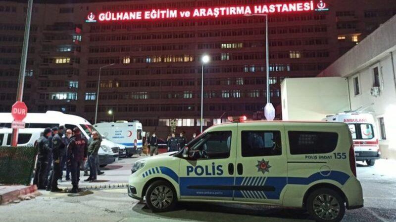 Şoke eden olay! Hastaneye taşlı saldırı: 3 polis yaralı, 20 gözaltı