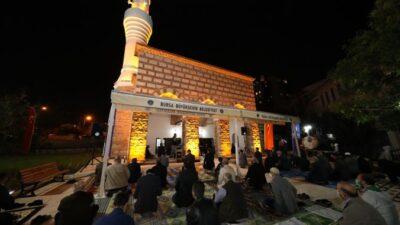 Bursa'daki 600 yıllık cami küllerinden doğdu