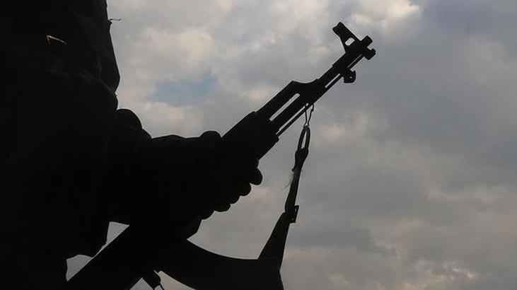 Terör örgütü PKK'da kaçışlar sürüyor! 1 terörist teslim oldu