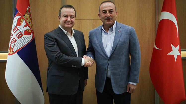Çavuşoğlu, Sırbistan'ın yeni Meclis Başkanı ile görüştü