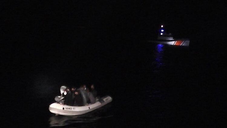 Marmaris'te Türk kara sularına geri itilen 9 yabancı uyruklu kurtarıldı