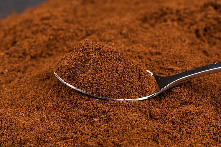 Kahve deyip geçmeyin, o kadar etkili ki… Bir kaşığı bile yeter!