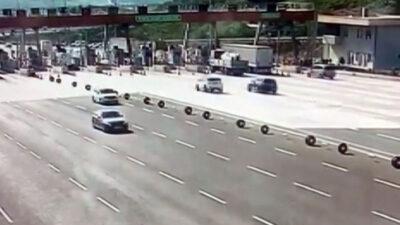 Bursa'da korkunç kaza: 3'ü ağır 4 yaralı