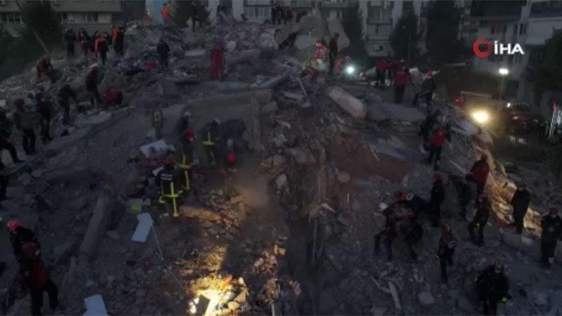 Depremin geride bıraktığı yıkım havadan görüntülendi