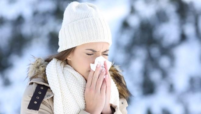 Bilim Kurulu Üyesi Kara: Kışın yakın mesafede bulaş riski 1-2 dakikaya iniyor