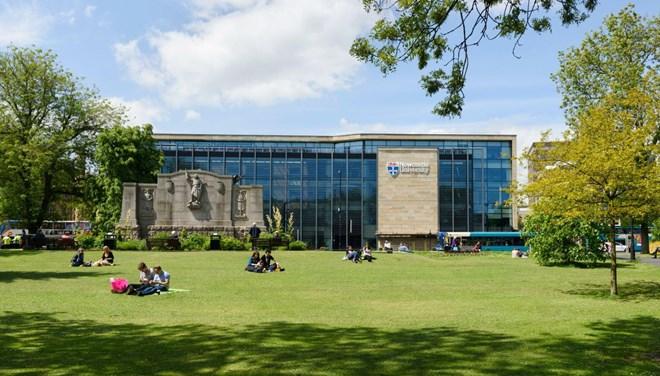 Üniversitede korona alarmı: Binden fazla vaka
