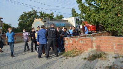 Bursa'da alevler arasında kalan çocuk kurtarıldı