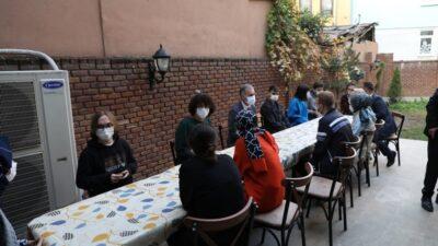 Başkan Taban nöbetçi kitaphanede öğrencilerle buluştu