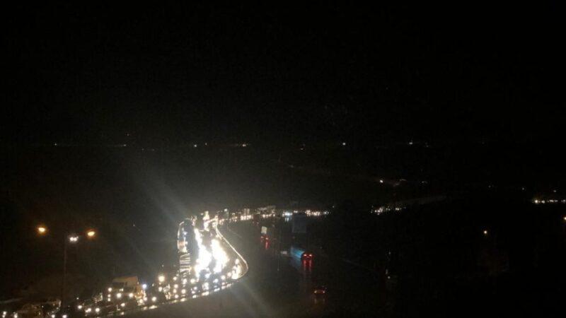 Bursa'da sağanak yağış trafiği olumsuz etkiledi