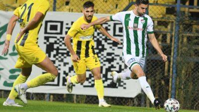 Bursaspor öne geçtiği maçlarda 10 puan kaybetti