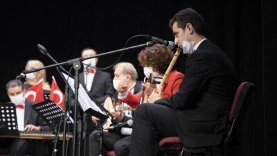 Bursa'da Cumhuriyet coşkusu konserle başladı