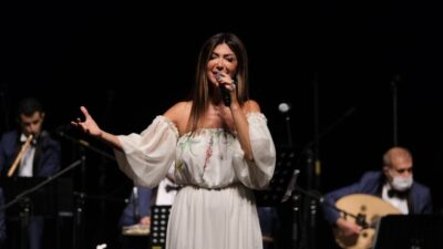 Elif Güreşçi'den müzik ziyafeti