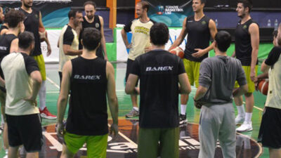 Basketbol takımı şokta! 13 kişinin testi pozitif…