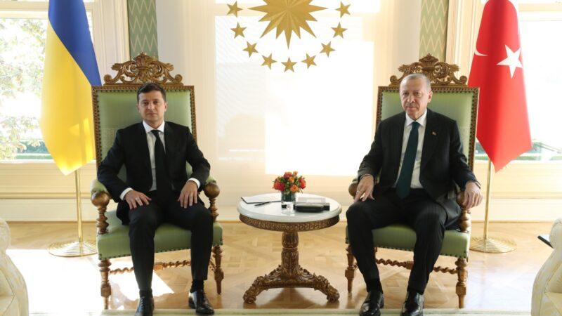 Cumhurbaşkanı Erdoğan ile Ukrayna Devlet Başkanı Zelenskiy görüştü