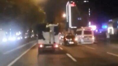 Bursa'da kamyonet arkasında ölüme yoluculuk!