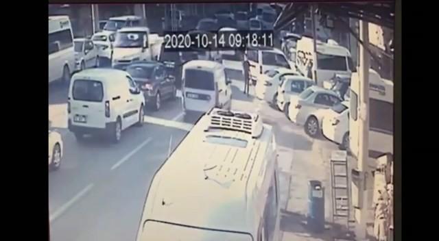 Bursa'da kaza anı…Hiç frene basmadı!