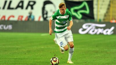 Bursa'da kritik maç… 21 dakikada iki gol var…