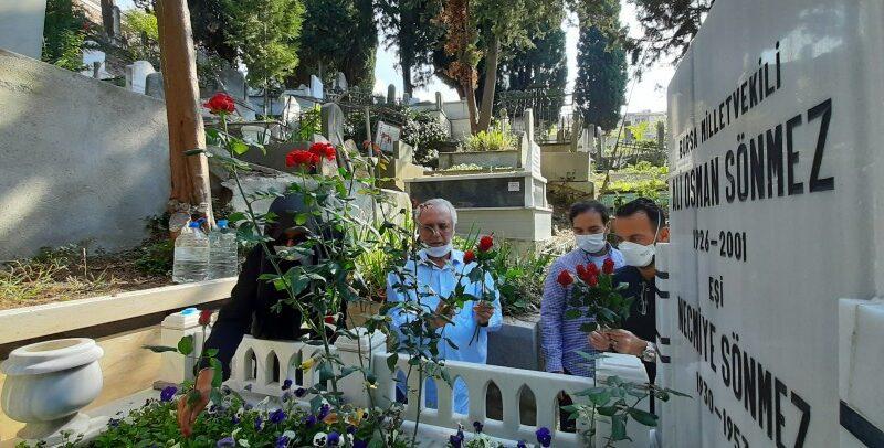 Ali Osman Sönmez kabri başında anıldı…