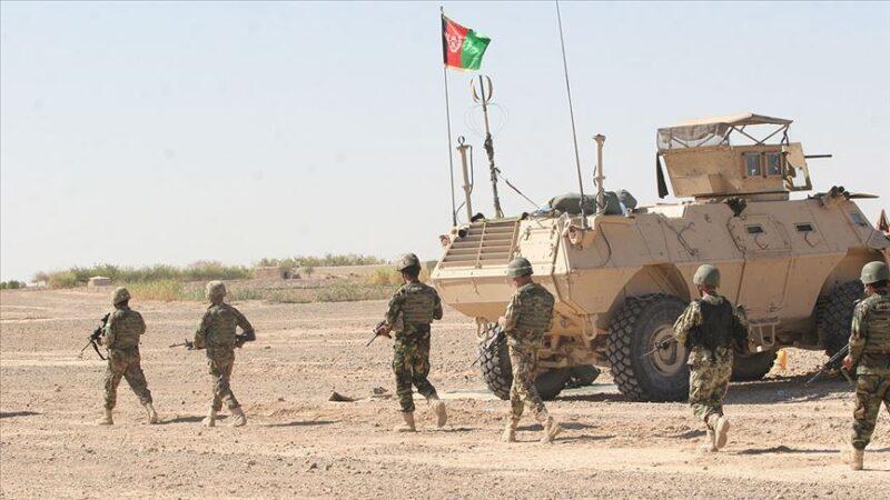 Afganistan'da Taliban'la güvenlik güçleri arasında çatışma