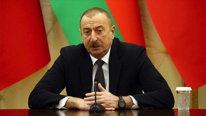 Aliyev: Ateşkes isteyenler Ermenistan'a silahlar gönderiyor