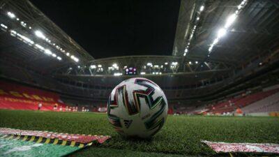 UEFA organizasyonlarında yüzde 30 seyirci kararı