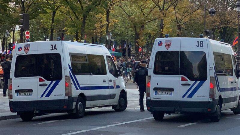 Fransa'da Ermeni protestoculardan Türklere saldırı! Yaralılar var