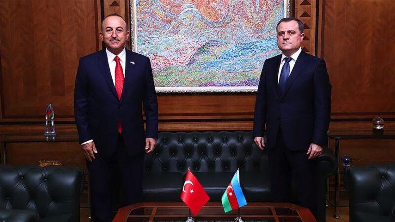 Çavuşoğlu Azerbaycanlı mevkidaşıyla görüştü
