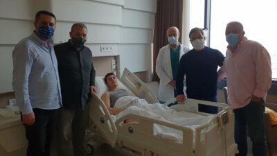Bursaspor'un genç ismi ameliyat oldu… Başkan Kamat'tan ziyaret…