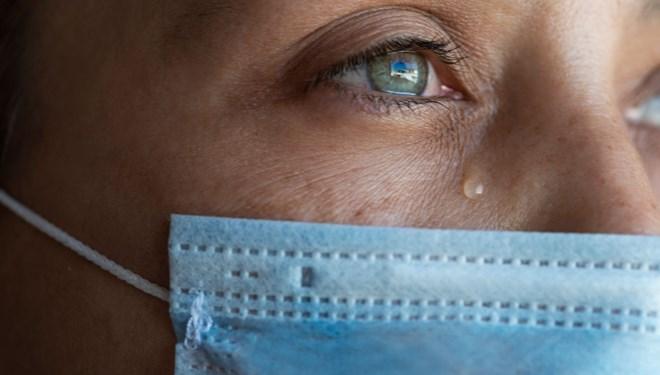 Gözyaşında da koronavirüs tespit edildi