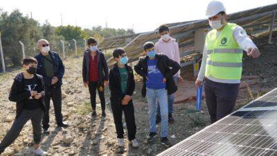 Kestel Belediyesi, Güneş Enerji Santrali'nin kapılarını öğrencilere açtı
