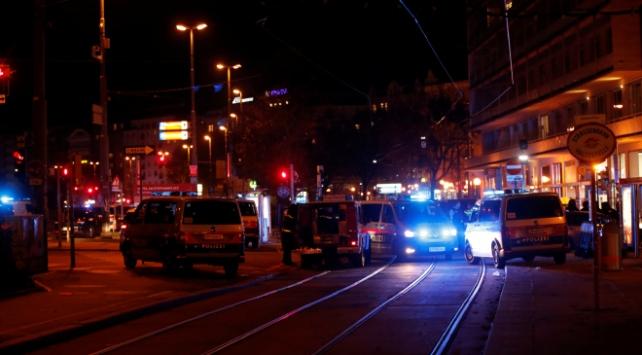 Viyana'da silahlı çatışma