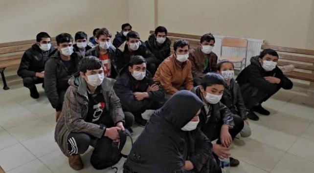 Kocaeli'nde 16 düzensiz göçmen yakalandı
