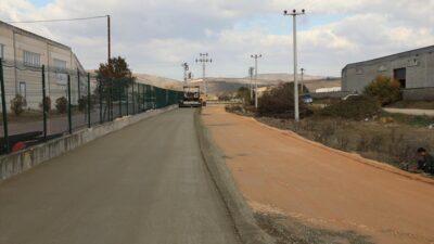 Beton yol çalışmaları Cumhuriyet Mahallesi'nde devam ediyor