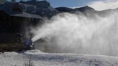 Uludağ'da suni kar sürprizi