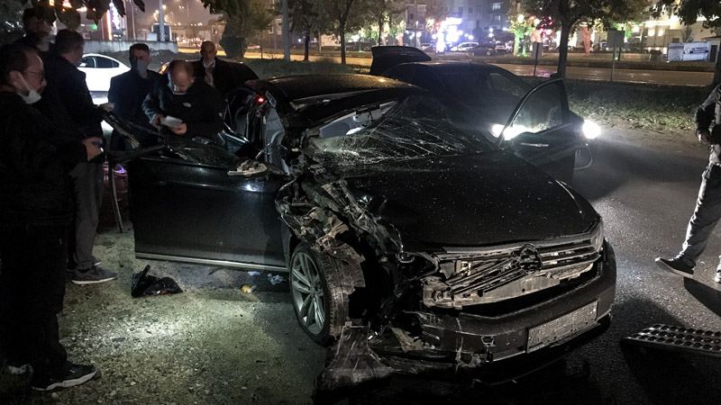 Orhaneli Belediye Başkanı kaza geçirdi