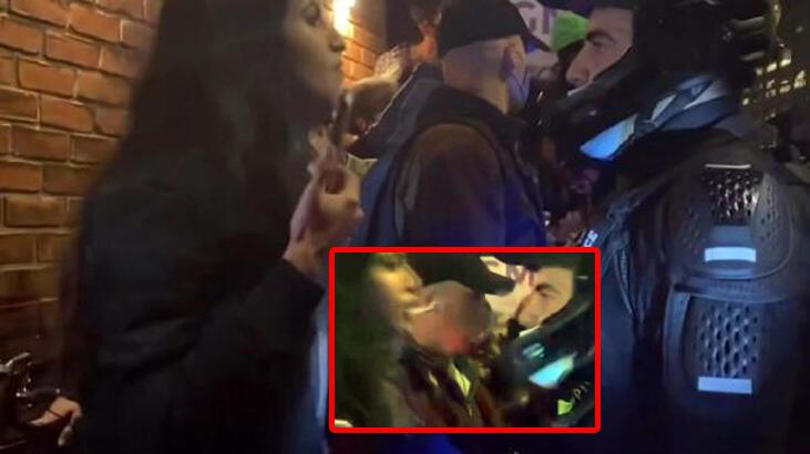 ABD'de gerilim zirvede! Kadın protestocu polisin yüzüne tükürdü