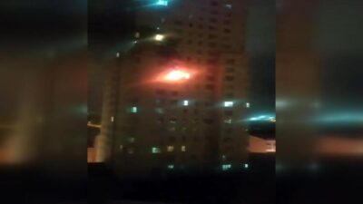 30 katlı binada yangın çıktı! Yüzlerce kişi tahliye edildi