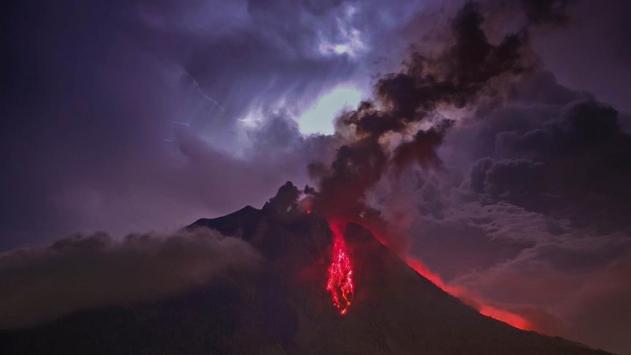 O ülkede yanardağ tehlikesi: 500'den fazla kişi tahliye edildi
