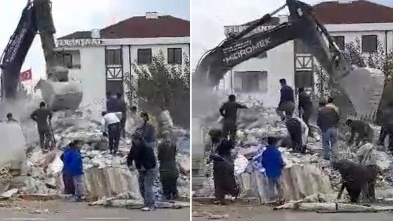 Yer: Bursa… Yıkım sırasında canlarını hiçe saydılar