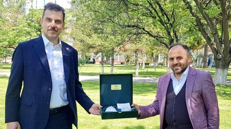 Çiftçinin imdadına Türk Şeker yetişti, 35 milyon liralık salçalık domates aldı