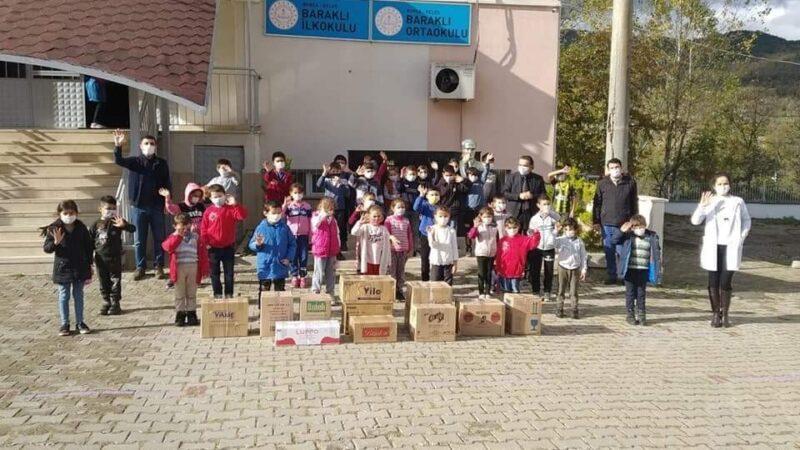 Kelesli miniklerden depremzedelere mektup ve yardım