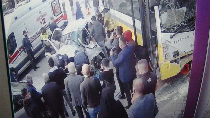 Bursa'da halk otobüsüyle otomobil çarpıştı: Yaralılar var…