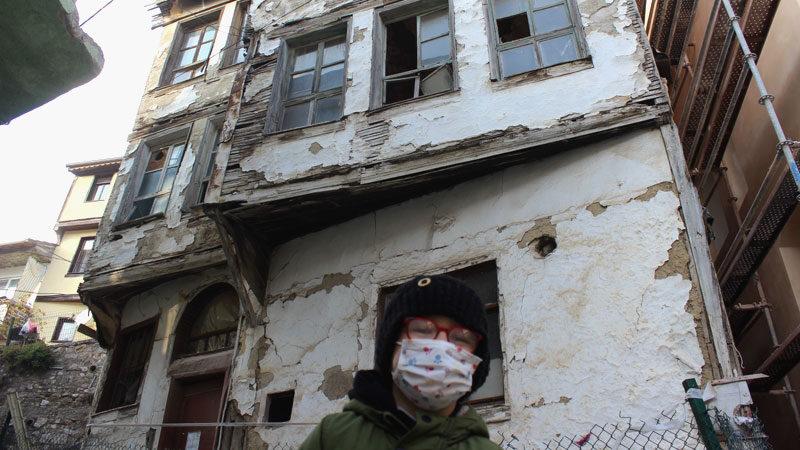 Bursa'daki 200 yıllık 'perili ev'e büyük ilgi