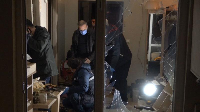 Bursa'da bir evde patlama! Ortalık savaş alanına döndü