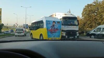 Bursa'da ilginç anlar! Trafiği birbirine kattı
