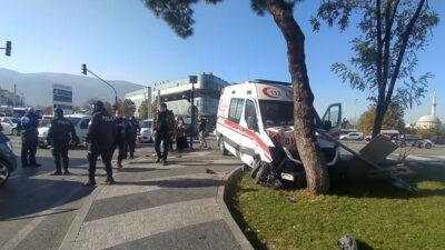 Bursa'da korkunç kaza: 5 yaralı