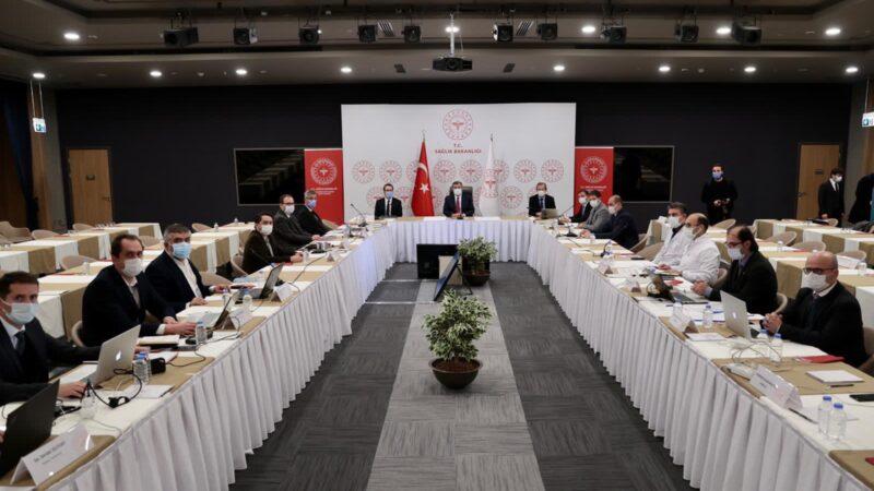 Bakan Koca başkanlığında salgınla mücadele toplantısı