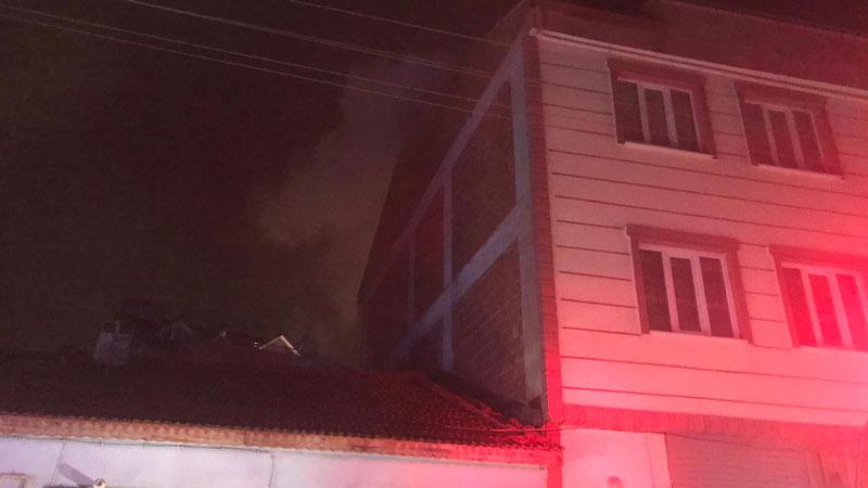 Yer: Bursa… Karantinada olan ailenin evi yandı